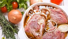 Her family loves pork, and she's been buying pork marinade at the store. She's looking for recipes for pork marinades and our readers help her out. Easy Pork Marinade, Marinade Porc, Sausage Recipes, Pork Recipes, Cooking Recipes, Tandoori Recipes, Marinate Meat, Russian Recipes, Greek Recipes