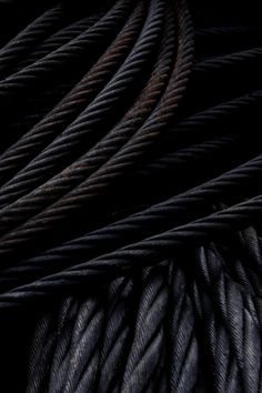 Gorgeous texture and color Black Rope, Fade To Black, My Black, Shades Of Black, Color Black, Black Metal, Tachisme, Noir Ebene, Dark Colors