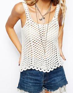 Fabulous Crochet a Little Black Crochet Dress Ideas. Georgeous Crochet a Little Black Crochet Dress Ideas. T-shirt Au Crochet, Beau Crochet, Bikini Crochet, Pull Crochet, Crochet Woman, Stitch Crochet, Crochet Fringe, Crochet Stitches, Crochet Patterns