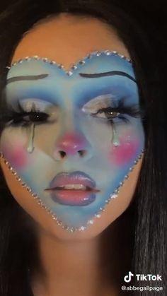 Face Paint Makeup, Makeup Art, Spx Makeup, Dragon Makeup, Amazing Halloween Makeup, Rave Makeup, Eye Makeup Designs, Fantasias Halloween, Creative Makeup Looks