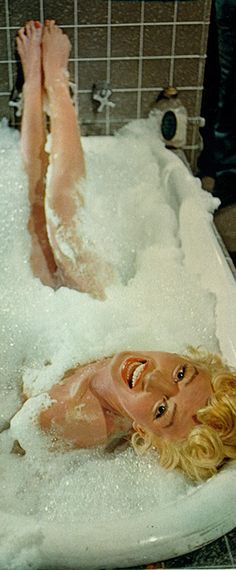 "Marilyn in ""The Seven Year Itch"" - bathtub scene - very funny film!"