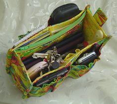 #DIY #Pattern (NOT FREE!) Porta-Pockets #Purse #Insert