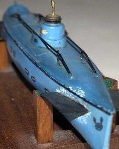 Märklin Tin-Ships tinplate U- boat with clockwork