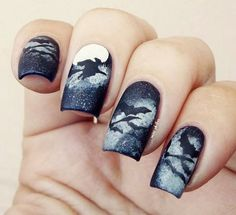 .Amazing bat nail art.