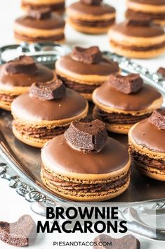 Cookie Desserts, Just Desserts, Cookie Recipes, Delicious Desserts, Yummy Food, Keks Dessert, Chocolate Macaroons, Chocolate Frosting, Mint Chocolate
