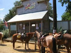 11th Street Cowboy Bar Bandera, Texas ★