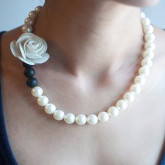 Flower Floral Black White Red Gray Plastic Acrylic Beaded Wedding Necklace