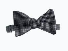 #corbatin Bristol. Mezcla de sofisticación con un toque clásico. www.macardi.com #bowties, #regalos, #amoryamistad, #accesorioshombre