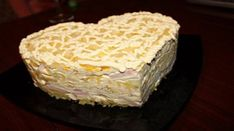 Layered salad with ham and pineapple / Chief-Cooker Russian Recipes, Food Dishes, Vanilla Cake, Cooker, Vegan Recipes, Food Porn, Good Food, Food And Drink, Salad