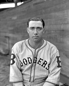 Van Lingle Mungo, Brooklyn Dodgers.  An all-time great name.
