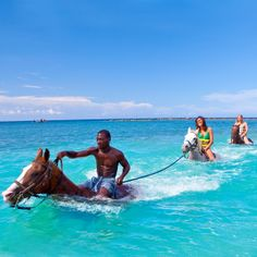 Exploring the incredibly gorgeous countryside of #Jamaica on horseback!