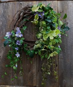 Beautiful Spring Wreath | Glowing Green by wreathtowreath
