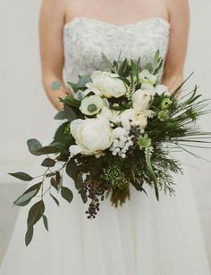 white loose bouquet - photography: Katch Silva // event design, florals + crown: Events By Nouveau