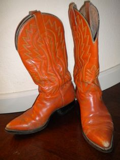 Orange boots- YES MA'AM! With a brown corduroy skirt...awesome!!!