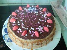 Gâteau d'anniversaire - Recette de cuisine Marmiton : une recette