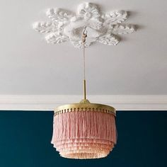 use raffia fringe How could a day not start out fab when you see this beauty first thing in the morning !!#pink#fringe#color