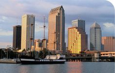 Progressive's Tampa, Florida, office is our second largest location offering careers in claims and customer service. Progressive Insurance, Offices, San Francisco Skyline, New York Skyline, Florida, Travel, Viajes, The Florida, Trips