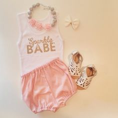Ohmygoodness, if Baby Meyer is a girl, I am TOTALLY making this outfit for her! Little Girl Fashion, Toddler Fashion, Kids Fashion, Little Doll, My Little Girl, Outfits Niños, Kids Outfits, Little Fashionista, Everything Baby