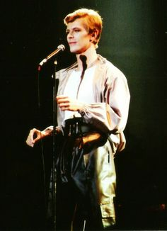 #he's so awful cute #bowie #70s