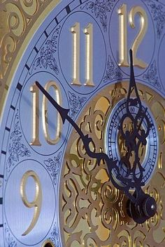Periwinkle Blue Clock ~ Cinderella ~ At the stroke of midnight. Lavender Blue, Periwinkle Blue, Blue Gold, Purple, Color Blue, Ella Enchanted, Enchanted Princess, Auld Lang Syne, Father Time