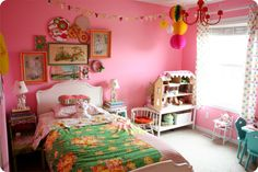 Contented Sparrow's daughter's room.  Cute!