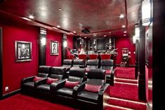 Authentically Masculine Home Theater Room with Bar. Home Theater Room Design, Movie Theater Rooms, Home Cinema Room, Home Theater Decor, Home Theater Seating, Salas Home Theater, Home And Deco, Home Entertainment, Cool Rooms
