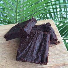 fudgy gluten-free and vegan black bean brownies w/cacao powder, coconut oil, flaxseed meal, baking powder, sea salt, raw sugar, and vanilla ...