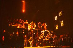 FLIEGENDE HOLLÄNDER Opéra d'Avigno 1982 cette réalisation provoqua un énorme scandale mêlé à un grand succès Scénographie et mise en scène A.SELVA (antoineselva.com)