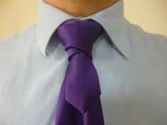 How to Tie a Tie Bonney Cross Knot
