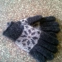 Ravelry: Heylor's Iceland Gloves