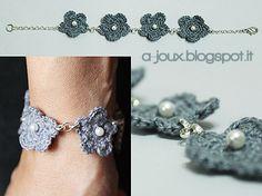 a-joux: bracciale con fiori all'uncinetto (bracelet with crochet flowers)