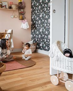 Juliana/ Photo & décoration (@juliana.degiacomi) • Photos et vidéos Instagram Sweet Home, Decoration, Toddler Bed, Photos, Kids Rugs, Instagram, Design, Furniture, Home Decor