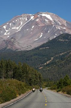 Mount Shasta, USA. This was taken on a wonderful tour of Oregon, Nevada and Northern California back in 2002. Happy days...