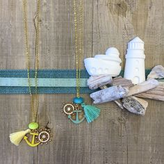 #duepuntihandmade #handmade #handmadewithlove #handmadejewelry #necklace #chain #sea #summer #waitinsummer #tassels #charms #anchor #timone #yellow #sun #blue #lightblue #colors #seacolors #greenwater #tiffanyblue