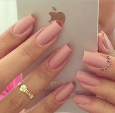 These days, there are a lot of methods to have stunning nails. We love shiny colours, totally different patterns and kinds. On this publish, I'd wish to offer you some nail designs which can be very simple to make but nonetheless look beautiful. Oval Nails, Matte Nails, Pink Nails, My Nails, Great Nails, Fabulous Nails, Gorgeous Nails, Simple Nail Art Designs, Nail Designs