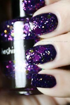CrowsToes Cheshire #beauty #nailpolish #manicure #glitter #aliceinwonderland
