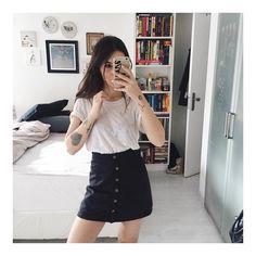 """Vic Hollo no Instagram: """"hoje to de saia bafo da coleção de verão da Capricho pra C&A. não é porque eu que fiz não mas tá tudo lindo! hehe."""""""