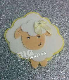 Lembrancinhas ovelhinhas com opções de chaveiro, imã ou tags! Cores opcionais.