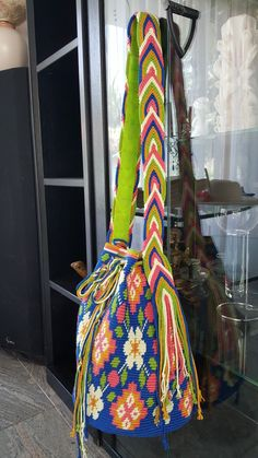 Tapestry Crochet, Gym Bag, Boho, My Favorite Things, Knitting, Crafts, Inspiration, Fashion, Role Models