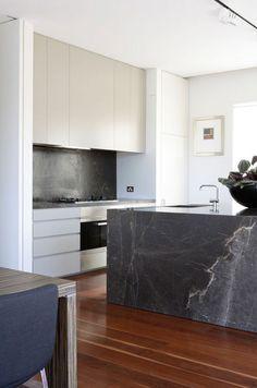 Besonderes Haus Mit Futuristischem Dach | Wooden Houses, Modern And Kitchens