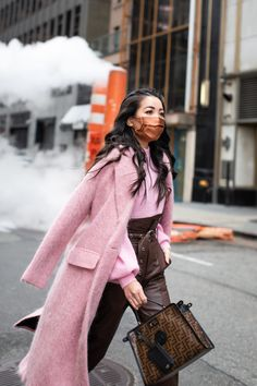 Pink Smoke - Wendy's Lookbook Chic Winter Outfits, Trendy Outfits, Winter Chic, Winter Style, Wendy's Lookbook, Pink Smoke, Bold Fashion, Winter Fashion, Street Style