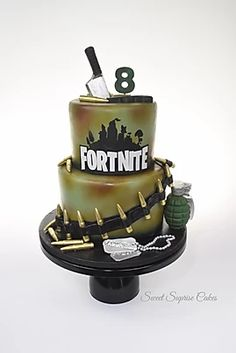 Fortnite Cake All edible Chocolate bullets, grenade, knife and gun Edible image dog tags birthday Army Birthday Cakes, 8th Birthday, Madagascar Cake, Spa Cake, Tiffany Cakes, Star Wars Cake, Cake Games, Paper Cake, Cakes For Boys