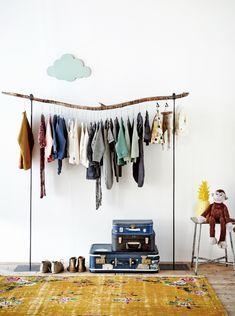 kledingrek - tree branch wardrobe hanger for a kids room