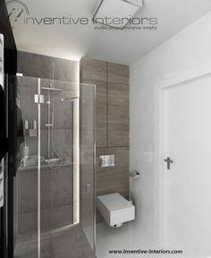 Projekt mieszkania Inventive Interiors - biało czarne płytki,  beton i jasne drewno w łazience - oświetlenie zabudowy