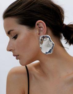 modern earrings street style