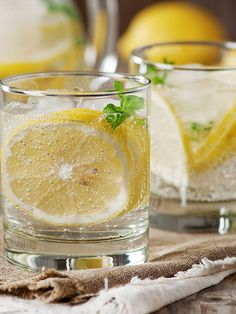 """Lipman suggests sipping it as soon as you wake up and after each meal. """"Bitter foods like lemon help stimulate your body's GI juices and aid the start of the digestion process. When digestion is robust, your body breaks down food better and absorbs more of its nutrients, both of which help you maintain a healthy weight and flat belly."""" More from Redbook: • 25 Ways to Burn 100 Calories Just Like That • How to Burn Fat Faster and Lose Weight • Smart Food Swaps for Faster Weight Loss…"""