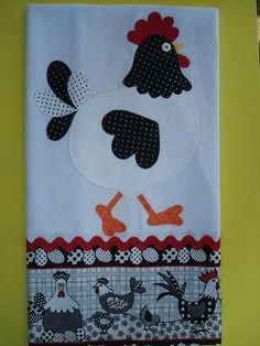Risultati immagini per pano de prato patchwork Applique Patterns, Applique Quilts, Applique Designs, Embroidery Applique, Quilt Patterns, Machine Embroidery, Applique Towels, Patch Quilt, Quilt Blocks