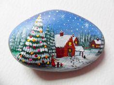 50 easy diy christmas painted rock design ideas new chri Diy Christmas Garland, Christmas Rock, Christmas Crafts, Christmas Design, Pebble Painting, Pebble Art, Stone Painting, Stone Crafts, Rock Crafts