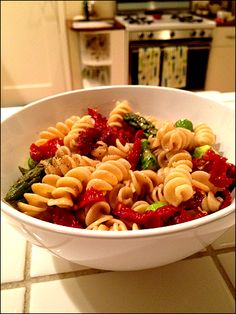 Asparagus and Sun-Dried Tomato Pasta