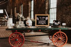 Wedding Reception Decorations, Wedding Ceremony, Wedding Coordinator, Wedding Planner, Welcome Table, Museum Wedding, Industrial Wedding, Bridal Boutique, Savannah Chat